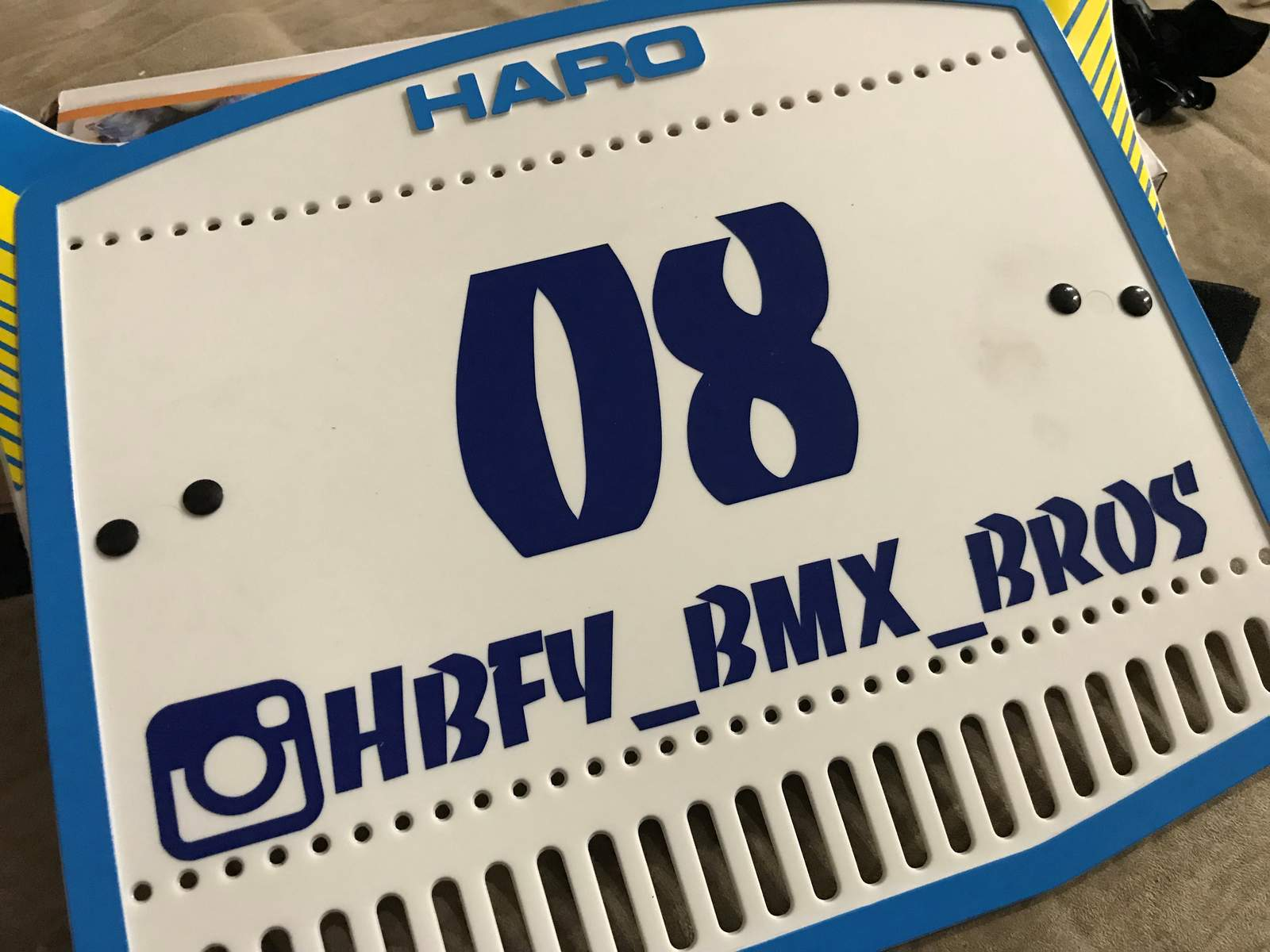 http://uploads.bmxmuseum.com/user-images/11903/haro-plate5ac4e0e050.jpg