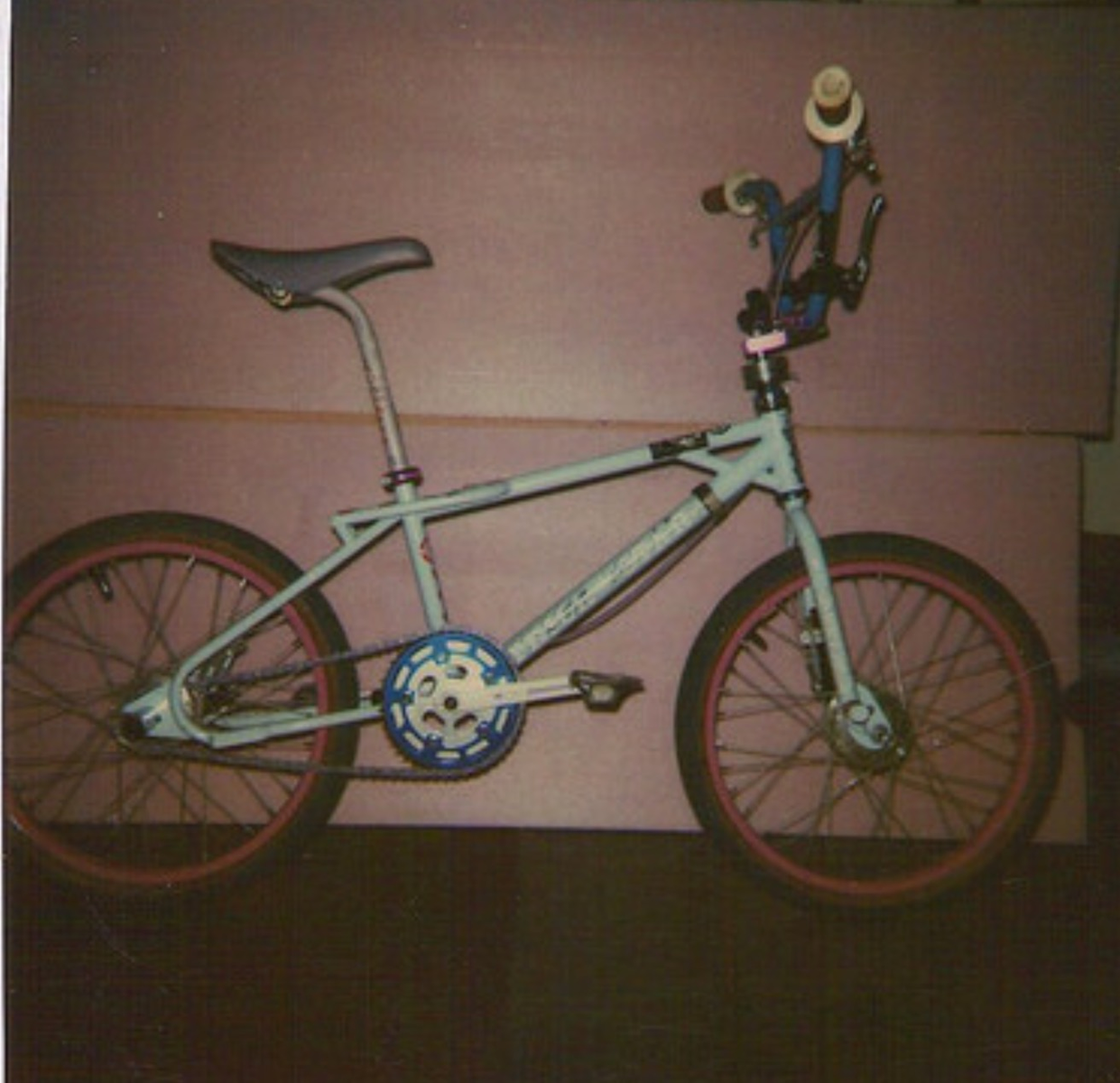 http://uploads.bmxmuseum.com/user-images/132277/img_01285a4843b55c.png