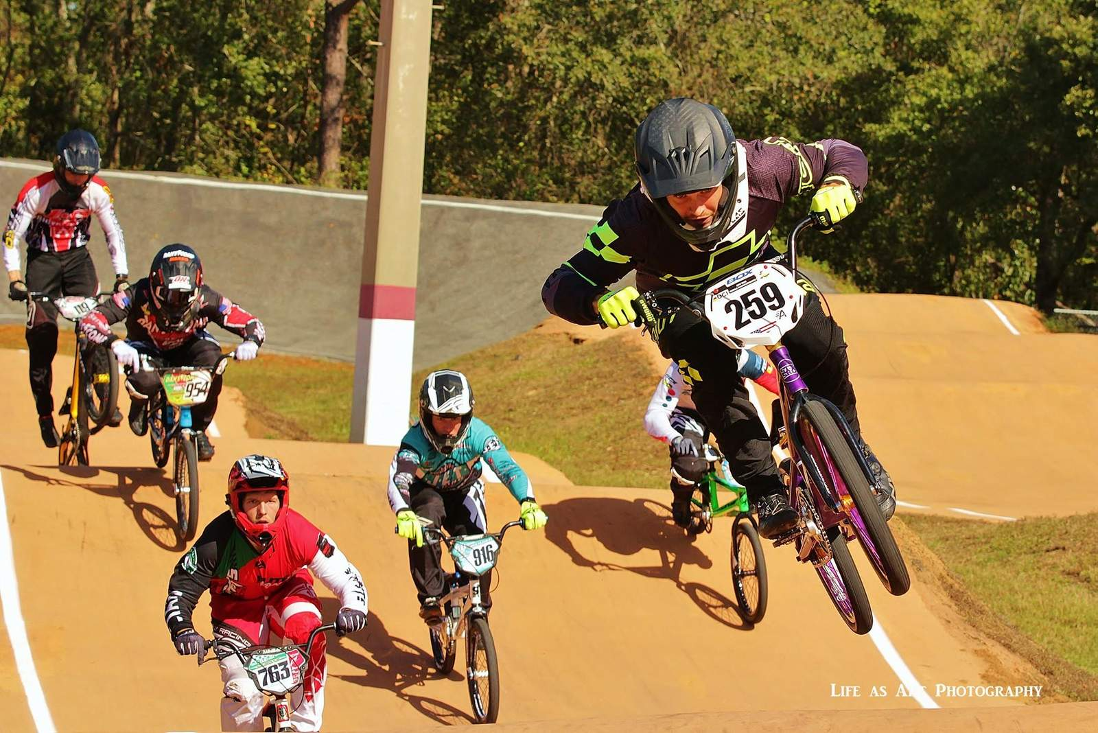 http://uploads.bmxmuseum.com/user-images/156598/23593615_1628123703937126_2128590120953672099_o5a11891d67.jpg