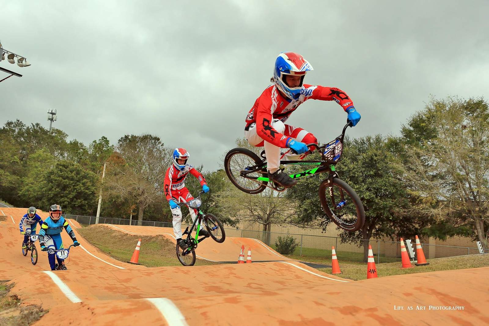 http://uploads.bmxmuseum.com/user-images/156598/23632407_1626035524145944_8922530581286399499_o5a118e3bad.jpg