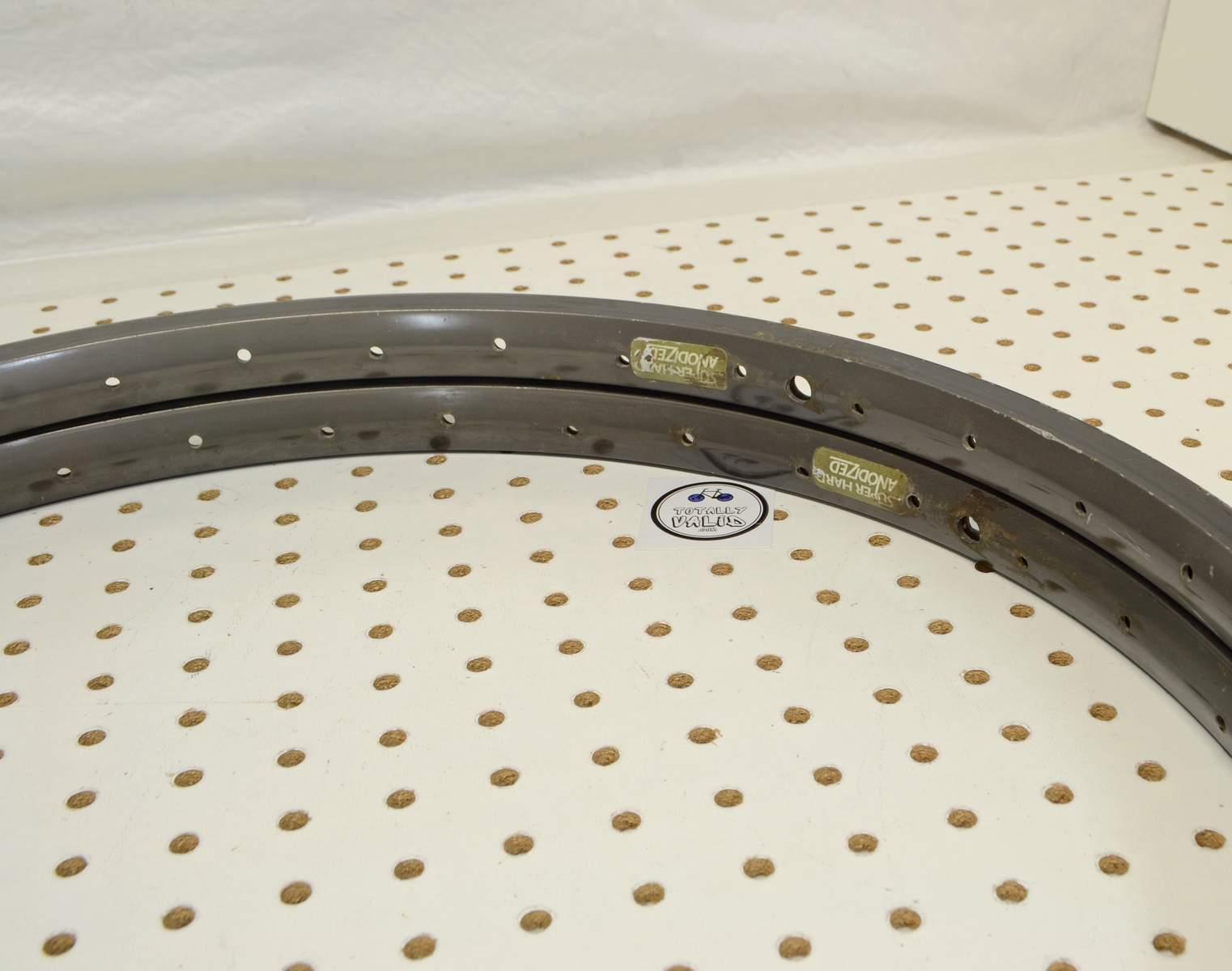 http://uploads.bmxmuseum.com/user-images/17782/brown-beavers-totallyvalid.com..65cf6f6475f.jpg