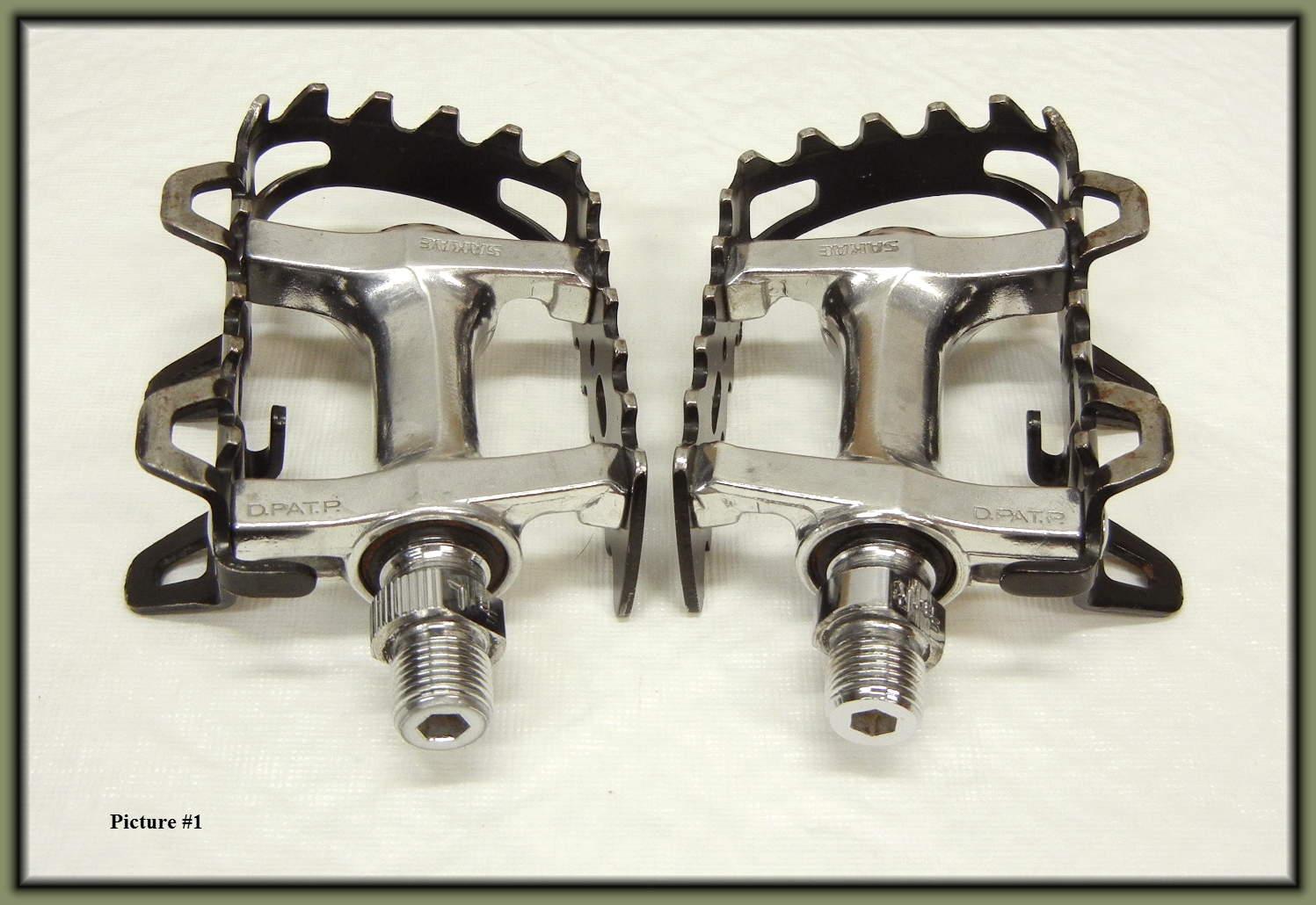 http://uploads.bmxmuseum.com/user-images/17782/tioga-mtb-pedals...156ae890620.jpg