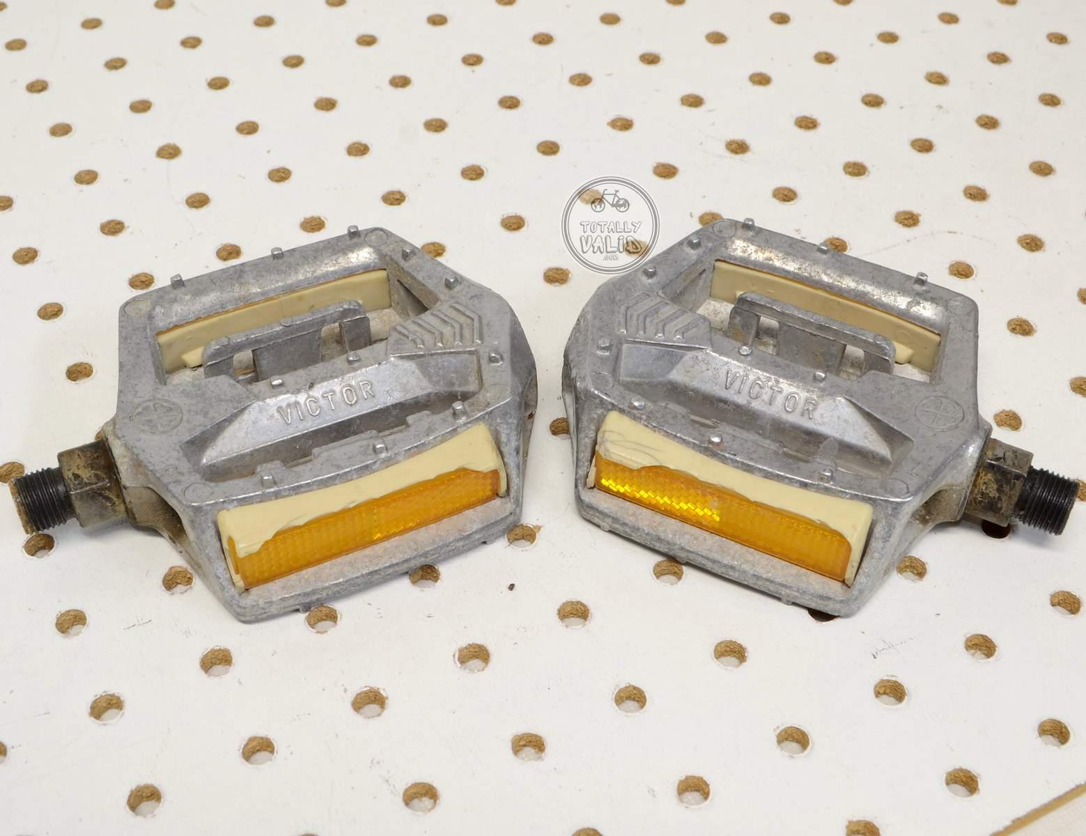 http://uploads.bmxmuseum.com/user-images/17782/victor-pedals-pd-mx15-copies.....vintage-bmx-parts-catalog-........15c479835bb.jpg
