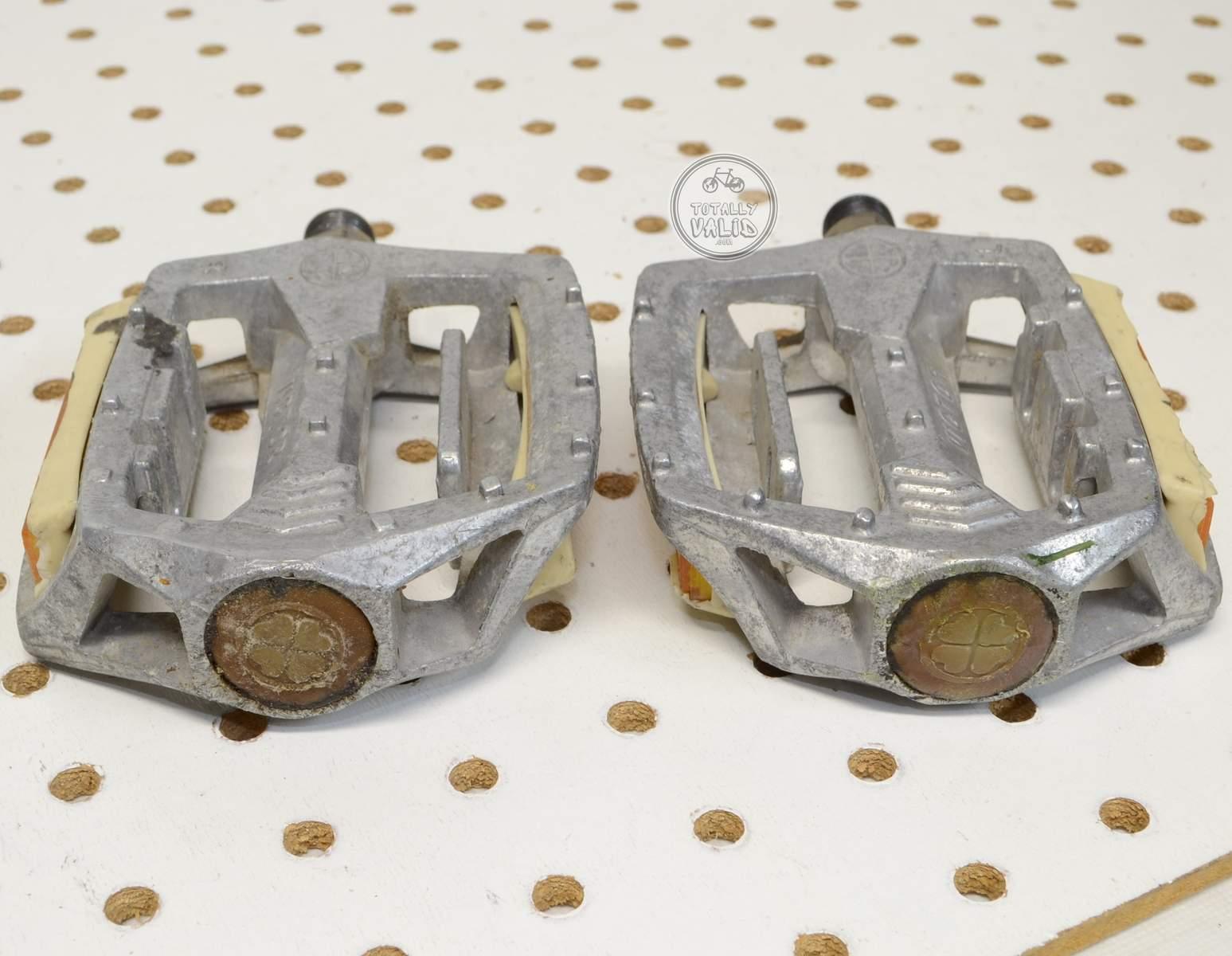 http://uploads.bmxmuseum.com/user-images/17782/victor-pedals-pd-mx15-copies.....vintage-bmx-parts-catalog-........45c479834a3.jpg
