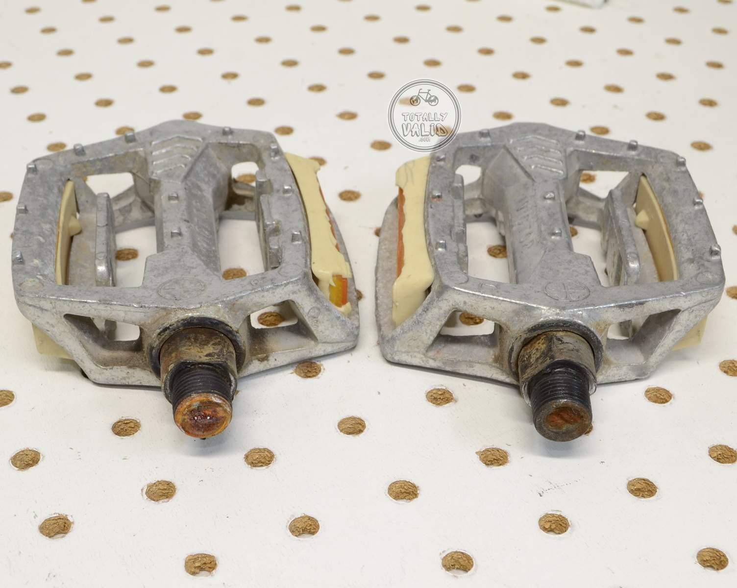 http://uploads.bmxmuseum.com/user-images/17782/victor-pedals-pd-mx15-copies.....vintage-bmx-parts-catalog-........55c479834d0.jpg