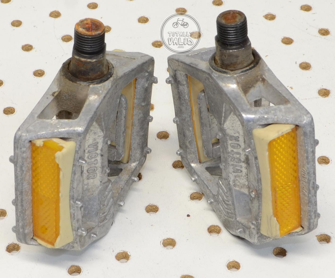 http://uploads.bmxmuseum.com/user-images/17782/victor-pedals-pd-mx15-copies.....vintage-bmx-parts-catalog-........65c47983185.jpg