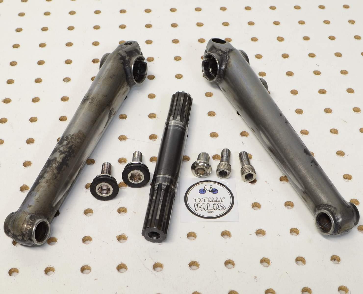 http://uploads.bmxmuseum.com/user-images/17782/voxum-bmx-cranks-180mm...-.-bike-parts-picture-library...15c7feaa419.jpg