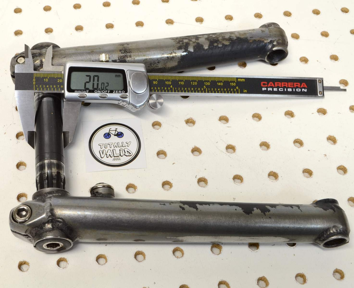 http://uploads.bmxmuseum.com/user-images/17782/voxum-bmx-cranks-180mm...-.-bike-parts-picture-library...45c7feaaf84.jpg