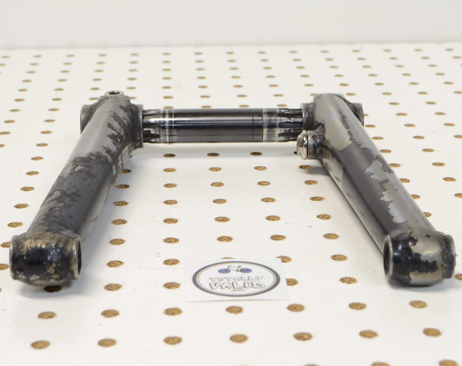http://uploads.bmxmuseum.com/user-images/17782/voxum-bmx-cranks-180mm...-.-bike-parts-picture-library...75c7feaace3.jpg