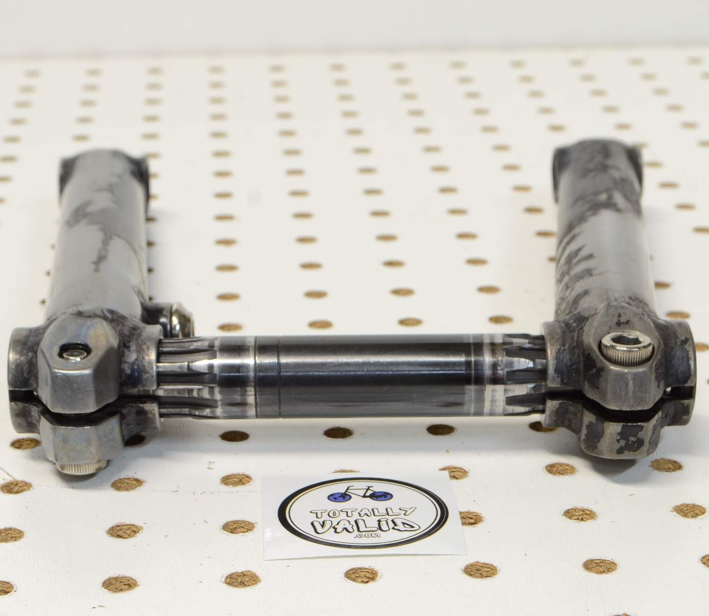http://uploads.bmxmuseum.com/user-images/17782/voxum-bmx-cranks-180mm...-.-bike-parts-picture-library...85c7feaaedf.jpg
