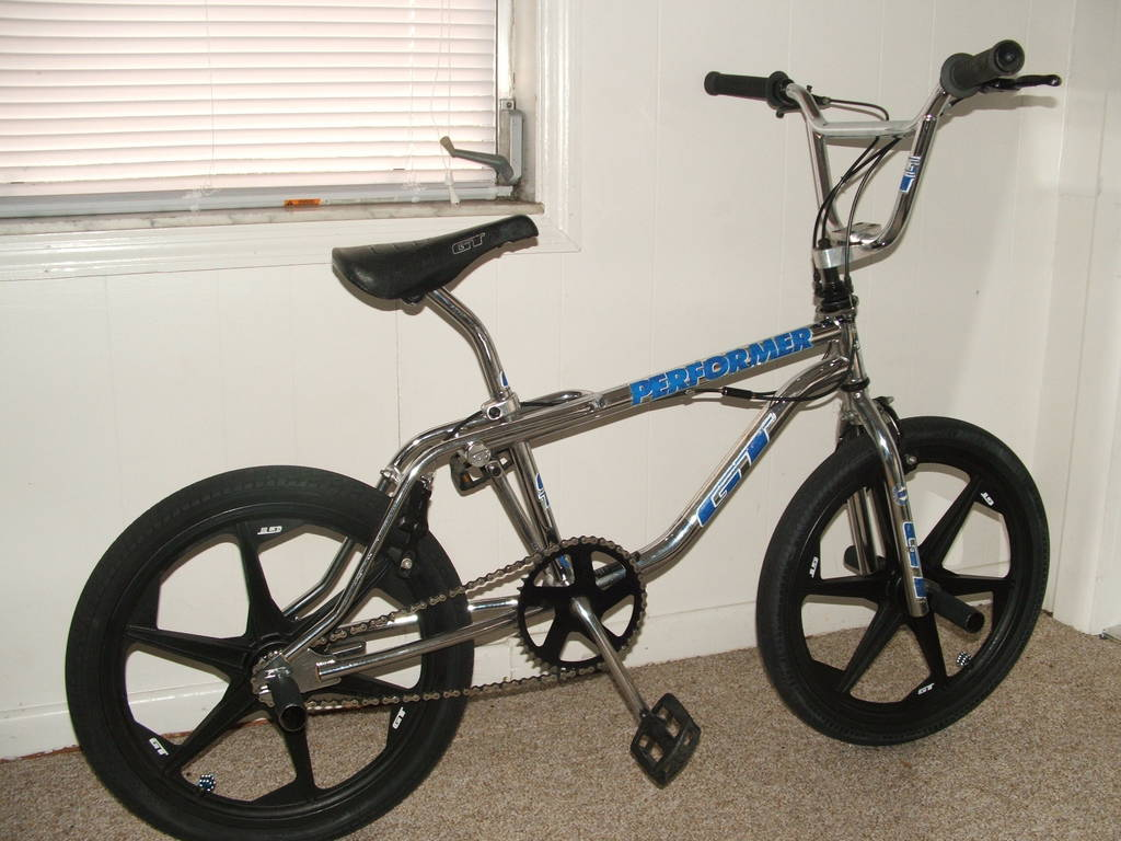 http://uploads.bmxmuseum.com/user-images/1794/92performer125d56dba136.jpg
