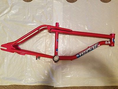 http://uploads.bmxmuseum.com/user-images/18435/1987-gt-pro-freestyle-tour-performer-vintage-bicycle-old-school-bmx-great-shape5a58d378b6.jpg