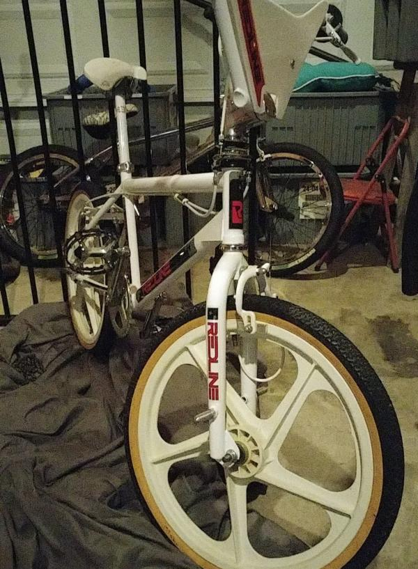 http://uploads.bmxmuseum.com/user-images/21460/temp5a1490d036.jpg