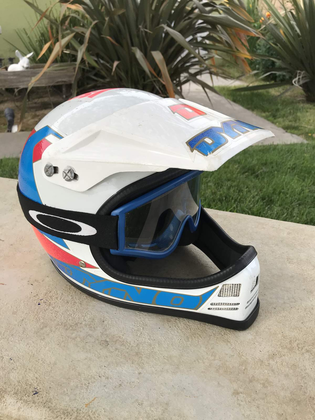 Vintage Dyno Racing Helmet 100 Original With Oakley Goggles