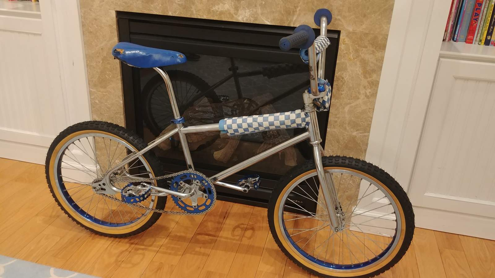 http://uploads.bmxmuseum.com/user-images/217008/01121819515a5960df66.jpg