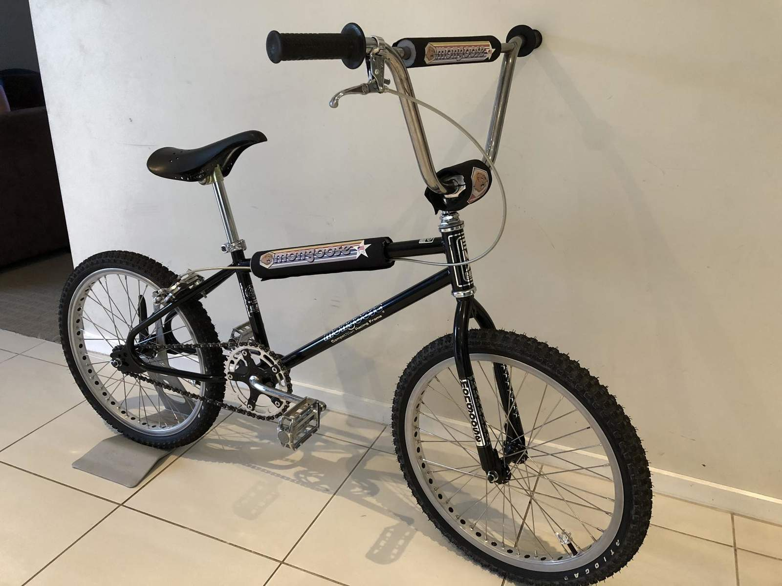 http://uploads.bmxmuseum.com/user-images/218631/84-californian5adec299d9.jpg