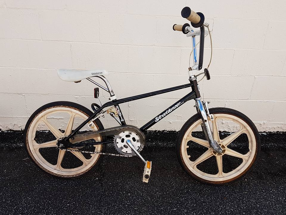 http://uploads.bmxmuseum.com/user-images/219850/q157b440e460.jpg
