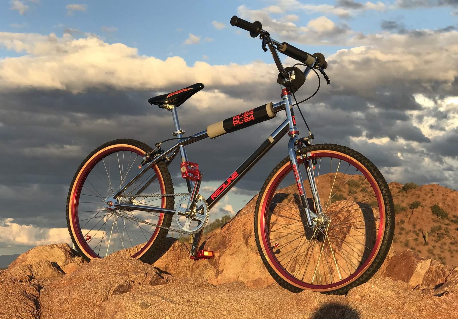 Lizard Skins Bearclaw Lock On Grips W// Clamps White//Red Bike
