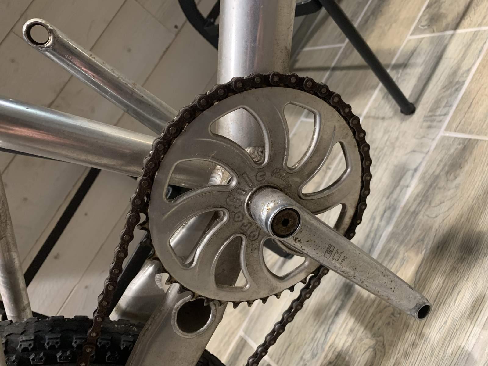 http://uploads.bmxmuseum.com/user-images/234558/8c9ddb56-fc62-466f-afc1-d2d88e1ac12c5c10798868.jpeg