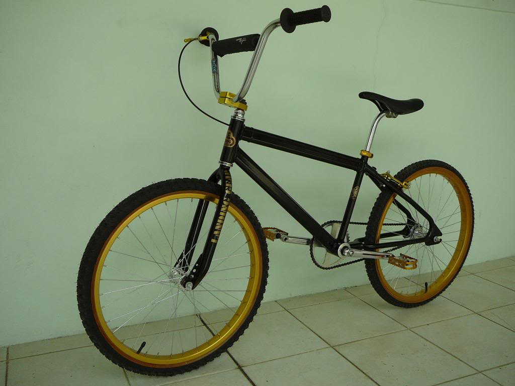 http://uploads.bmxmuseum.com/user-images/26696/18cd87a5-6211-4da9-93eb-3448974de4ca5d07d605c2.jpeg