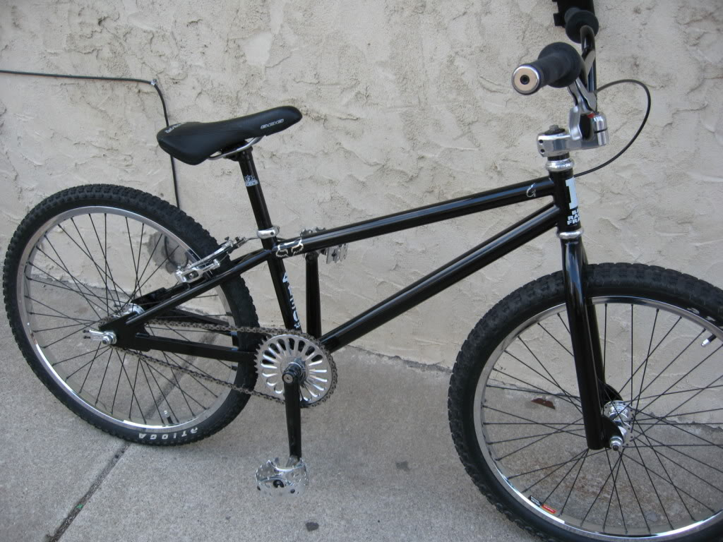 http://uploads.bmxmuseum.com/user-images/27540/35a8e4073c2.jpg