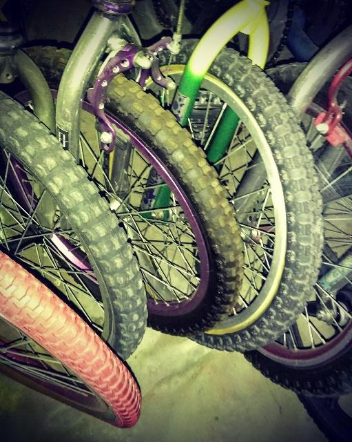 http://uploads.bmxmuseum.com/user-images/3032/colortouch5c3991cf73.jpg