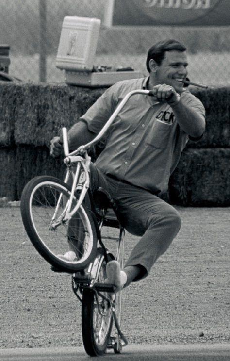 http://uploads.bmxmuseum.com/user-images/3454/dick-bike57fbba6bee.jpg
