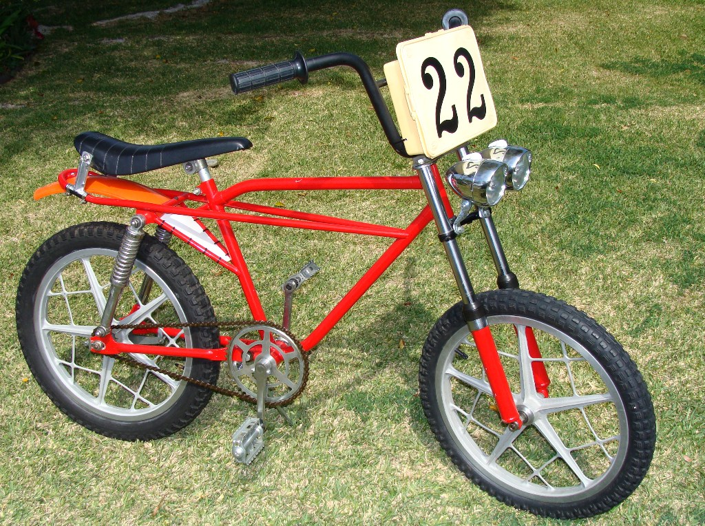 http://uploads.bmxmuseum.com/user-images/35489/post-134-0-46107200-14597234015806406cf3.jpg