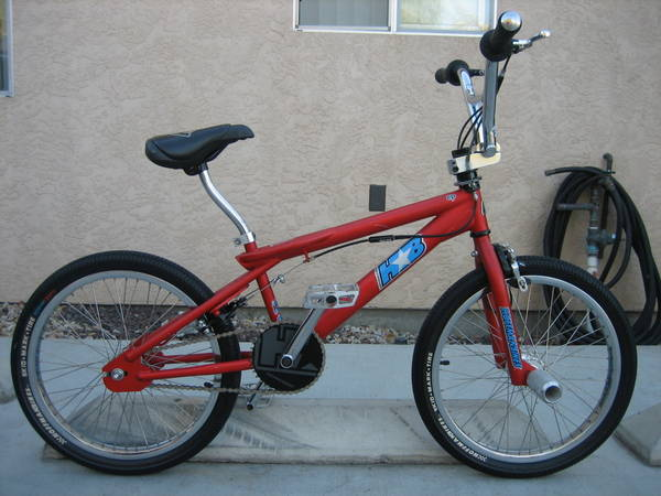 http://uploads.bmxmuseum.com/user-images/36359/hb1_copy1_lg5cd9528eb1.jpg