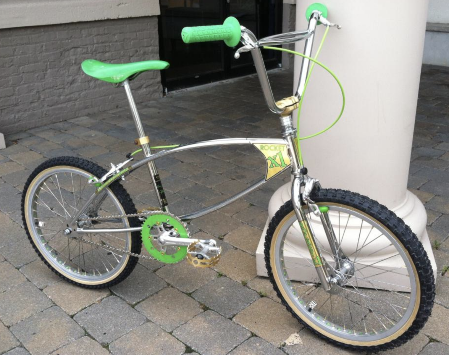 http://uploads.bmxmuseum.com/user-images/37062/screen-shot-2018-05-24-at-11.54.20-am5b06e06f22.png