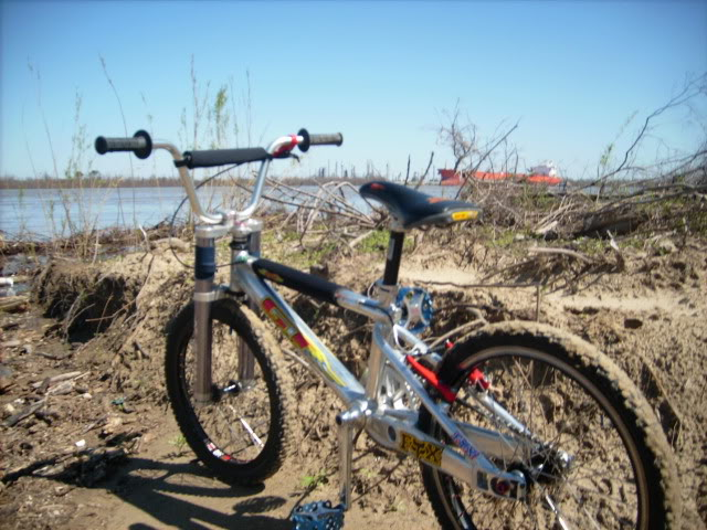http://uploads.bmxmuseum.com/user-images/3716/gtbox59ed09e4b1.jpg