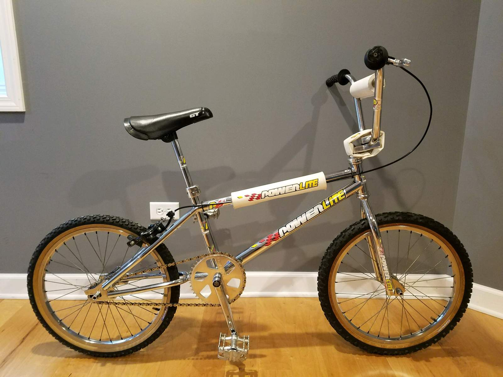 http://uploads.bmxmuseum.com/user-images/40462/5185459ecdf94a8.jpeg