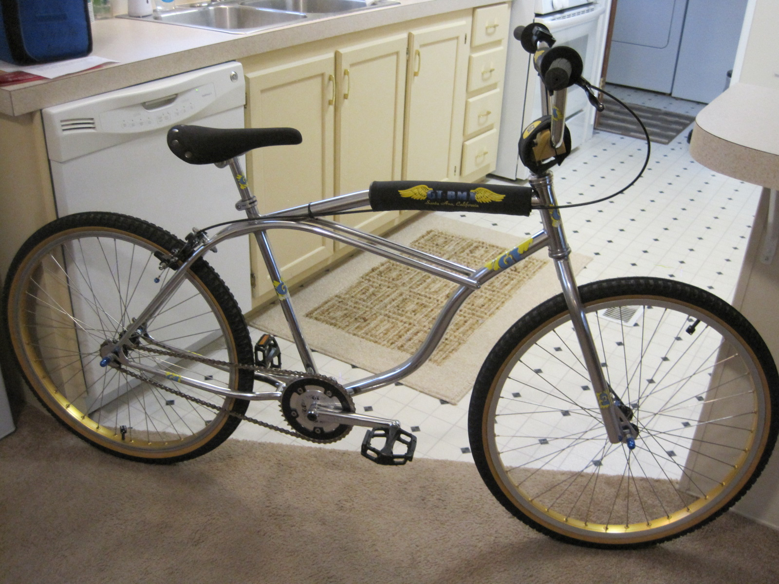 http://uploads.bmxmuseum.com/user-images/41004/pacific-flyer-07359954a2525.jpg