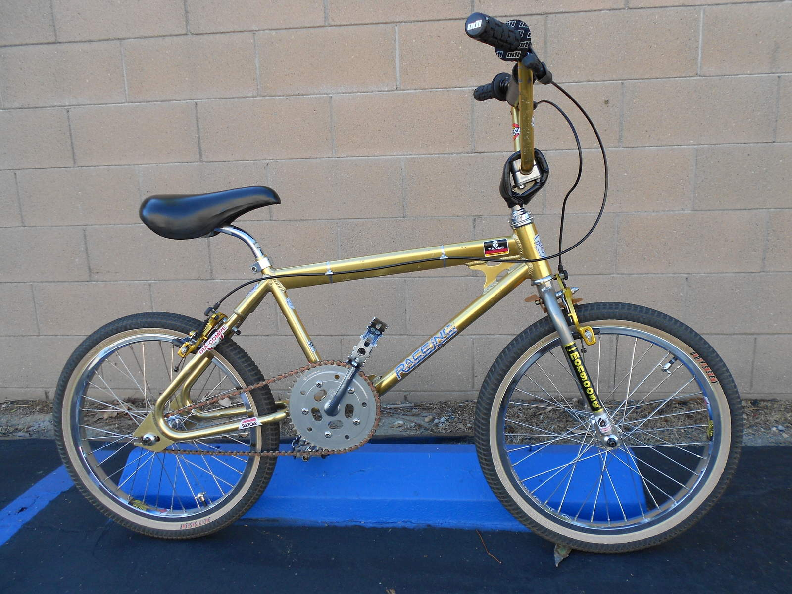 http://uploads.bmxmuseum.com/user-images/42228/0045bb2780927.jpg