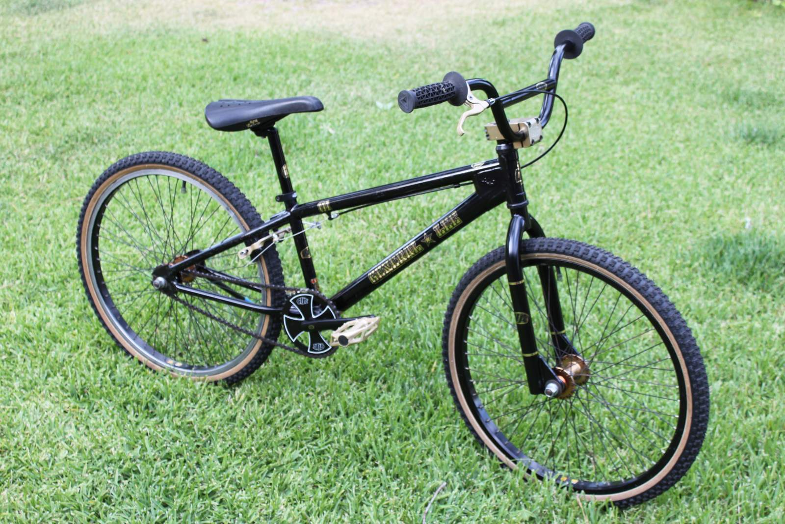 http://uploads.bmxmuseum.com/user-images/42786/general-lee-side-view_zps7nppuqhi5b1ebf6227.jpg