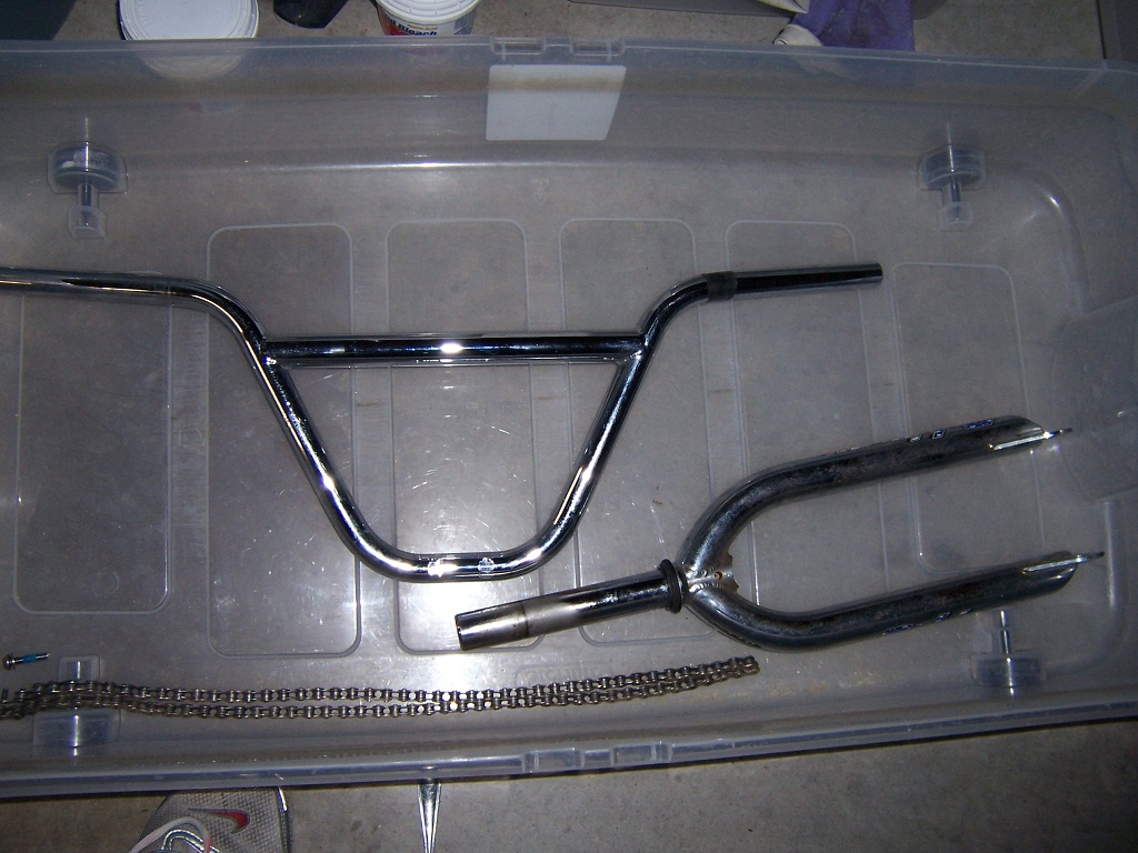 http://uploads.bmxmuseum.com/user-images/45913/oa--parts-before-bath596c6ce94a.jpg