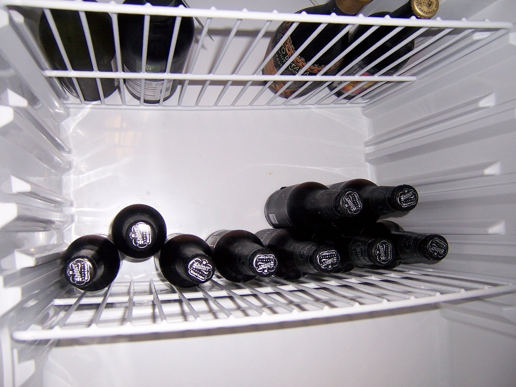 http://uploads.bmxmuseum.com/user-images/45913/shiner-beer-fridge-after59a2ad838b.jpg