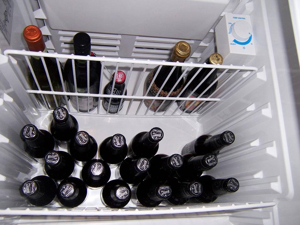 http://uploads.bmxmuseum.com/user-images/45913/shiner-beer-fridge59a2ad8398.jpg