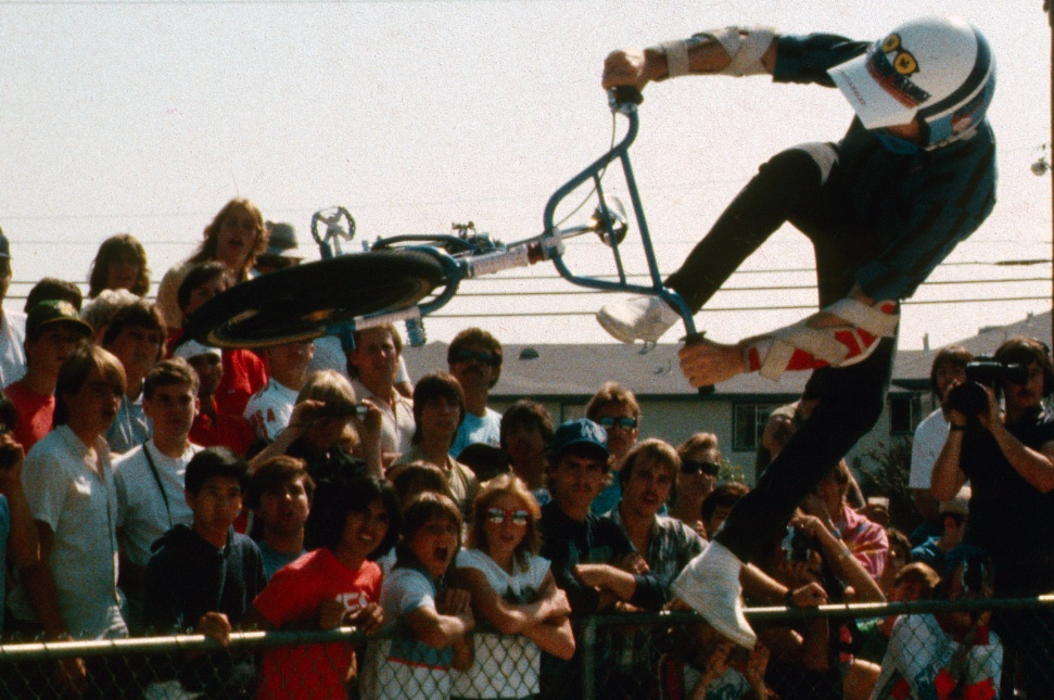 http://uploads.bmxmuseum.com/user-images/46226/md-no-footed-can-can5a47b9542b.jpg