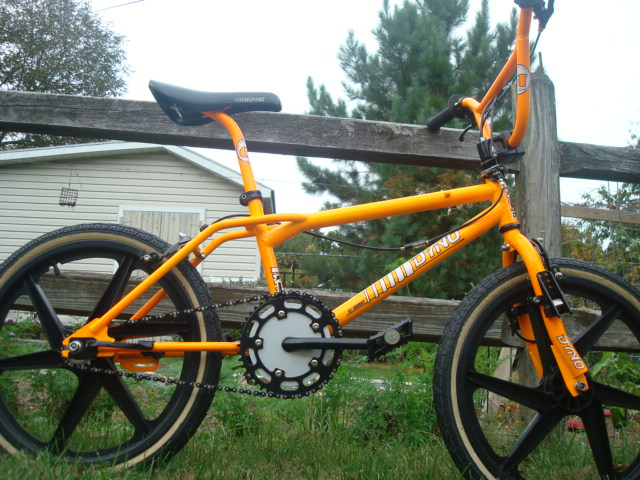 http://uploads.bmxmuseum.com/user-images/55127/1986-dyno-compe-ii---yellow-0905956746165.jpg