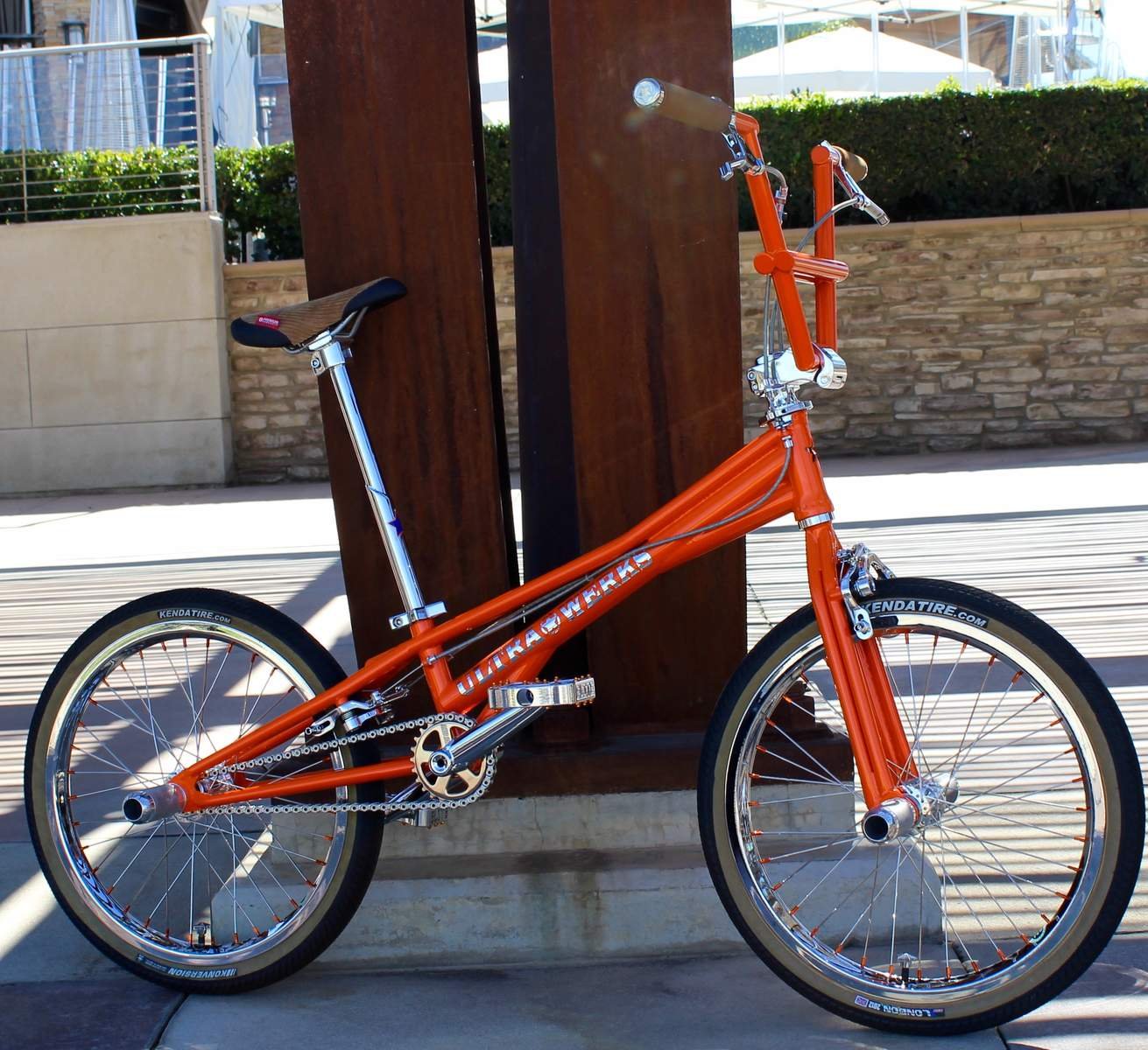 http://uploads.bmxmuseum.com/user-images/55127/2016-ultra-werks--mixology-custom-flatland-machine-0045bd1ee0f5a.jpg