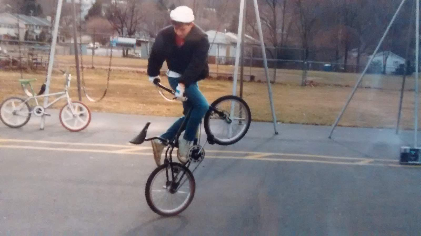 http://uploads.bmxmuseum.com/user-images/55127/christian-murray-02058ef894005.jpg