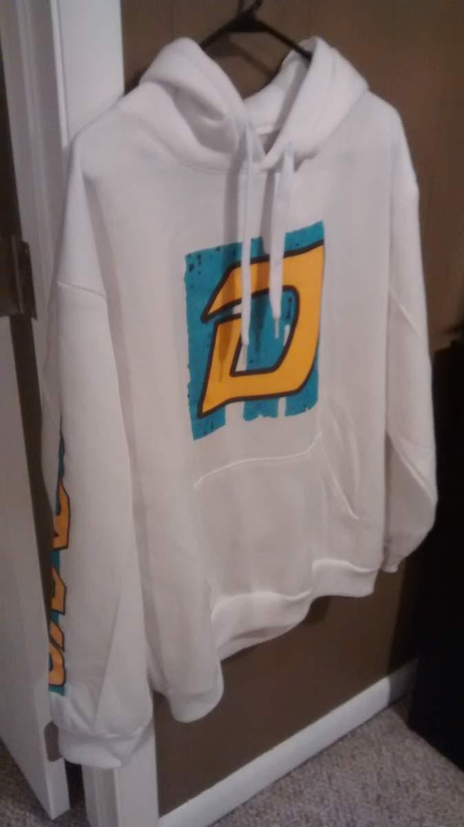 http://uploads.bmxmuseum.com/user-images/55127/dyno-hoodie-0055c47b05fe9.jpg
