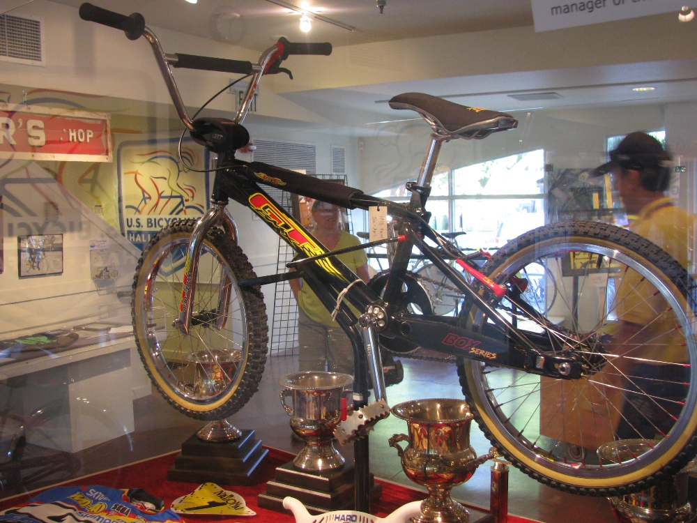 http://uploads.bmxmuseum.com/user-images/55510/045960085f5b.jpg