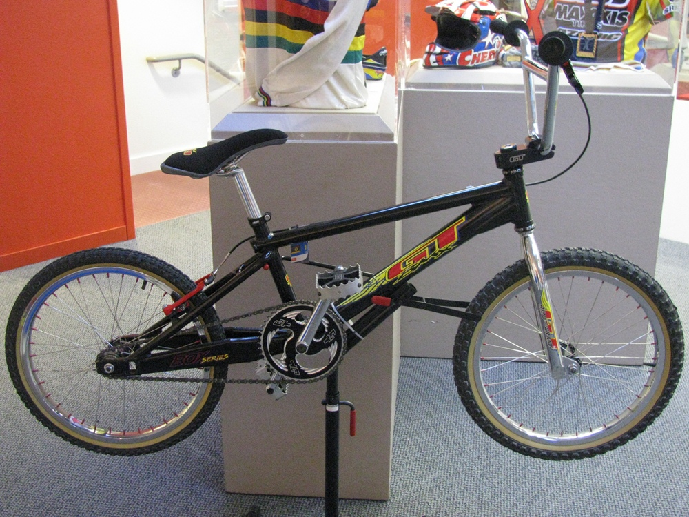 http://uploads.bmxmuseum.com/user-images/55510/3159600a7fa1.jpg
