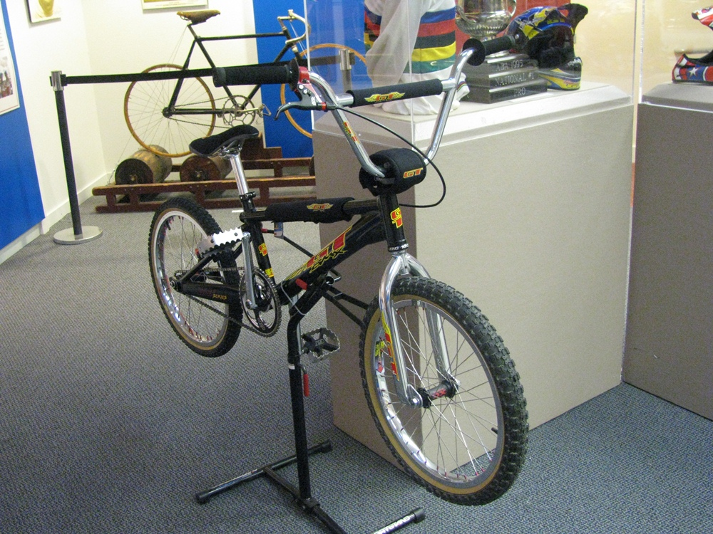 http://uploads.bmxmuseum.com/user-images/55510/3359600a82cb.jpg