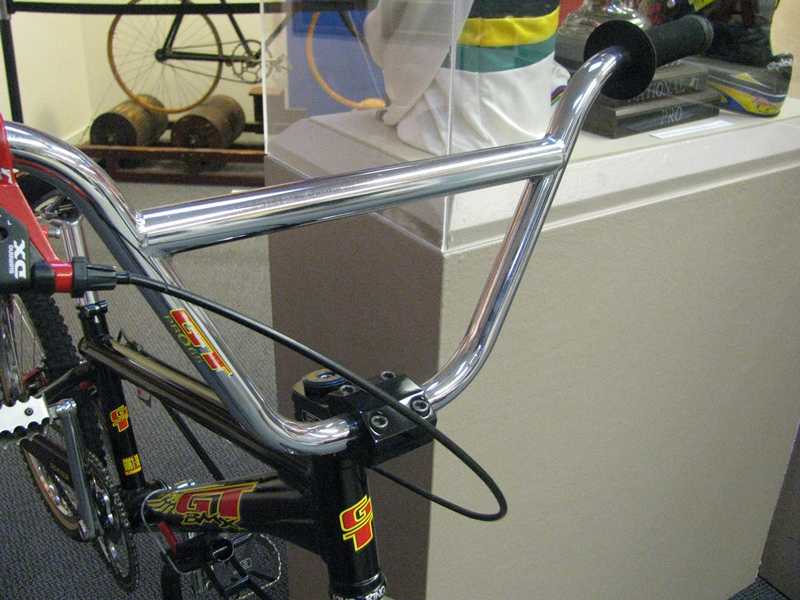 http://uploads.bmxmuseum.com/user-images/55510/4159600adec0.jpg