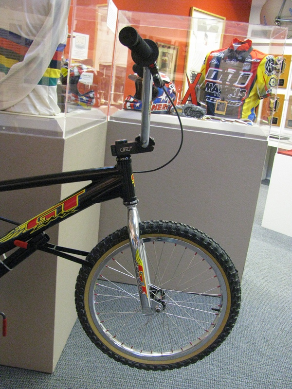 http://uploads.bmxmuseum.com/user-images/55510/4759600b2e04.jpg