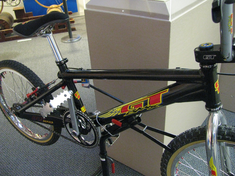 http://uploads.bmxmuseum.com/user-images/55510/4859600b3320.jpg