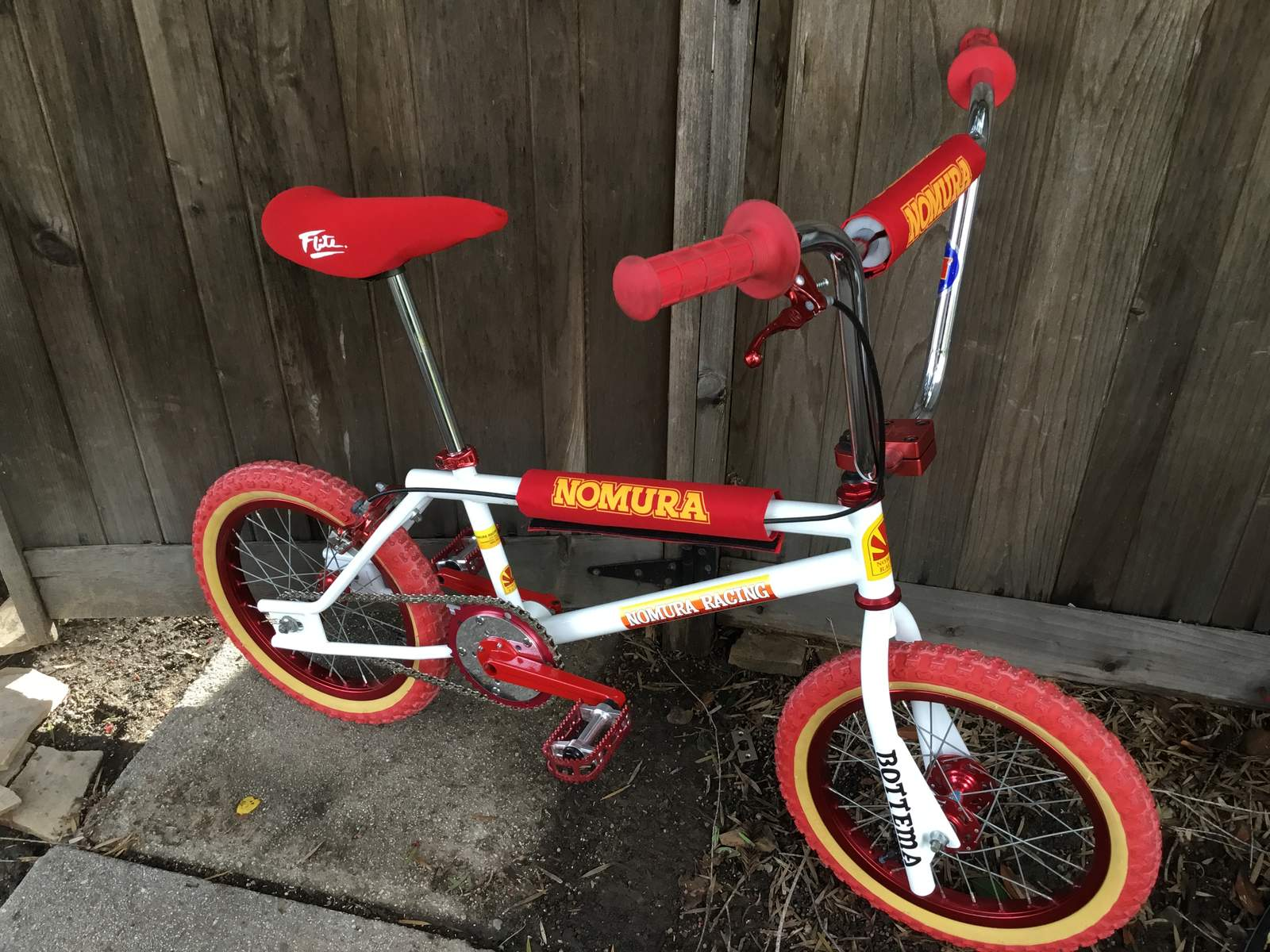 http://uploads.bmxmuseum.com/user-images/58189/18089d44-e1a8-47b9-80db-c7aacd78fb505c7c7bb616.jpeg